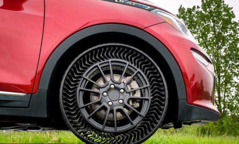 تعرف على الفرق بين إطارات السيارات التقليدية والكهربائية
