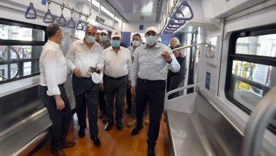 رئيس الوزراء يتفقد أعمال تنفيذ مشروع القطار الكهربائي الخفيف