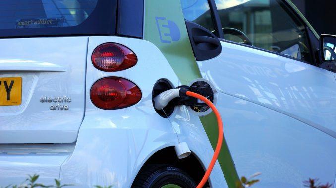 السيارات الكهربائية مازال المستهلكون مترددون بشأنها